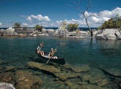 Kanu fahren auf dem Malawi See