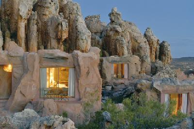 Interessante Architektur - die Höhlenzimmer