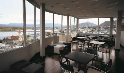Restaurant-/Barbereich mit Aussicht