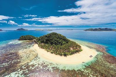 Matamanoa Island © Chris McLennan