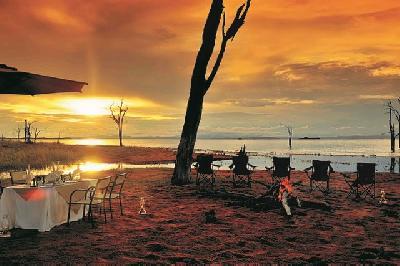 Bumi Hills Safari Lodge Sundowner